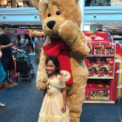 [Hamleys of London] The ever-popular Hamley Bear made his appearance at Plaza Singapura's atrium sale, where he was warmly welcomed by