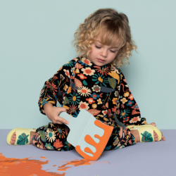 [Yun Nam Hair Care] MelissaFlygrl | Let the little ones' creativity run free with leaves and adorable ants on their feet.