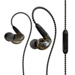 [Connect-IT by Jade Gift Shop] Pinnacle is more than a name - it is a statement that identifies the P1 in-ear headphones as the result
