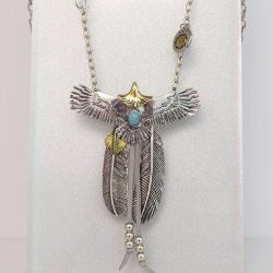 [Excluniqueeee] Let your dreams take flight with our collection of feathered necklaces!