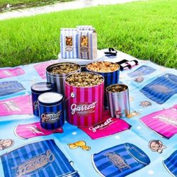 [Garrett Popcorn Shops] Make plans to enjoy the outdoors this week!