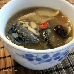 [Eu Yan Sang] Try your hand at this simple ginseng with chicken soup recipe for a delicious, healthy meal!