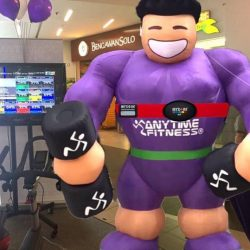 [Anytime Fitness] Our bigman came by our Roadshow over the weekend 😂 Thank you for the support over the past week at our