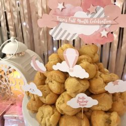 [Sunlife] Forget traditional whole cakes, and create a tower made out of these adorable choux pastry puffs from Sunlife Pastries instead!