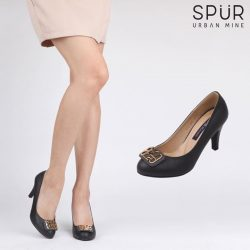 [SPUR] Strut your way into corporate fashion in power heels.