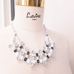 [Lavina] Nothing beats a statement necklace to make you stand out!