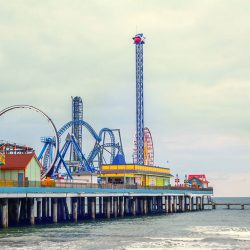 [Singapore Airlines] Located just an hour away from Houston, Galveston Pier is ideal for thrillseekers, funseekers and sunseekers of all ages.