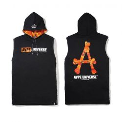 [Chocoolate --- i.t Labels Singapore] Just in time for summer, the AAPE orange camo collection has hit the store.