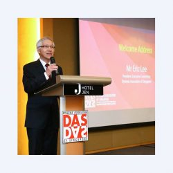 [Dyslexia Association of Singapore] Clearly Different - Dyscovering the Differences By William Wan and DAS A book that celebrates 25 years of Helping People with