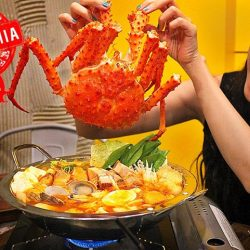 [Atmosphere Bistro & Bar] Love seafood and hotpots?