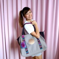 [Kipling] Check out Kaitinghearts' blog on how she stays organized with the ART M bag for shopping, travel or even gym!