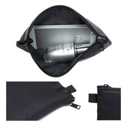 [Praise] A Lightweight pouch offers simple and stylish protection.