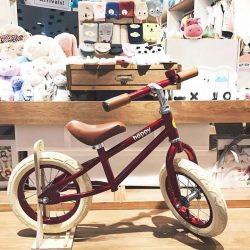 [PriviKids] Perfect for toddlers learning to ride a bike, test drive this balance bike in both our stores.