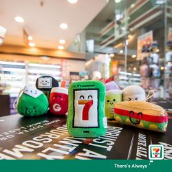 [7-Eleven Singapore] Download the 7-Rewards mobile app now to earn exciting prizes!