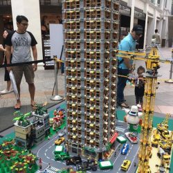 [My Little Brick Shop] How tall exactly is Singapore's tallest LEGO modular?