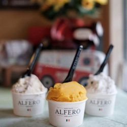 [Alfero Artisan Gelato] Mango Sorbet, naturally sweet, fragrant and dairy-free, a great choice for those who love the tropical fruit 💛 📷cr: @wishuponatart