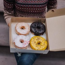 [Aeropostale] donut worry, it's our Columbus Day weekend sale.