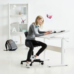 [FLEXA] Time to upgrade your kid's study corner with our bestselling FLEXA Study Desk.