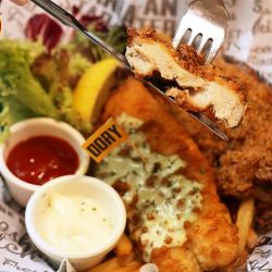 [The Manhattan FISH MARKET Singapore] Lunch is the best mid-day reward after a busy morning.