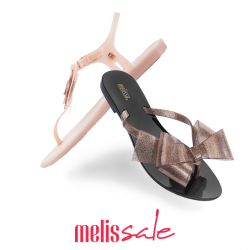 [Melissa] MELISSALE | Jelly slippers and sandals are our solutions to looking chic while queueing for our lunch in the CBD.