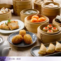 [Crystal Jade Steamboat Kitchen] If you're open to a leisurely Chinese mid-afternoon meal, drop by Crystal Jade Kitchen or Crystal Jade La