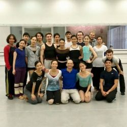 [Singapore Dance Theatre] A snapshot of the dancers with Brandon Freeman who came to stage Val Caniparoli's heart wrenching work of Triptych.