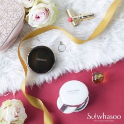 [Sulwhasoo] Gift your loved ones with a flawless radiant glow that is fitting for any season.