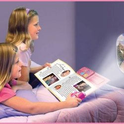 [Junior Page] Barbie: Movie Theater - Storybook with Movie Projector$20.