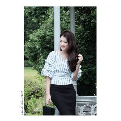 [MDSCollections] Puffed Sleeves Top in White Stripes | Online best sellers, on sale items