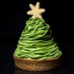 [PAUL] paulsggiveaway: Christmas is only going to be made sweeter with our Mont Blanc au thé vert!