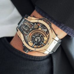 [The Hour Glass] MP-09 Tourbillon Bi-Axis - the first multi-axis tourbillon from Hublot.