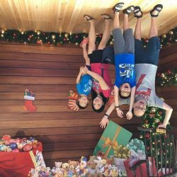 [HarbourFront Centre] Here are some of the creative shots taken at the Santa's Topsy Turvy Toy Room located at HarbourFront Centre