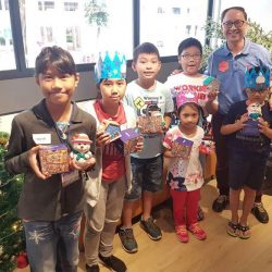 [UOB Bank] In the spirit of giving and sharing, UOB employee volunteers from Group Credit (Retail) recently celebrated the festive season with