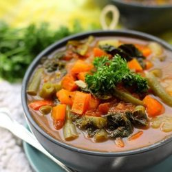 [My Type Store] DETOX VEGETABLE SOUPCOOK TIME 40 mins TOTAL TIME 40 mins SERVES 6-8Detox Vegetable Soup.