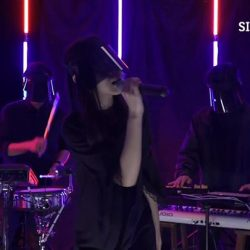 [Singtel] Tonight, on Singtel Music Live session, we bring you the electifying Jasmine Sokko!