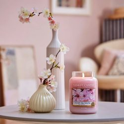 [Yankee Candle] A bouquet of spring's freshest blooms, Cherry Blossoms is available at 25% off regular price.