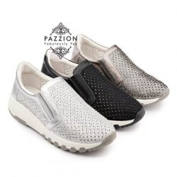 [PAZZION Singapore] Mixed-scale tiny raindrop crystals dazzle on a dialed-up slip-on sneaker that takes your off-duty looks to