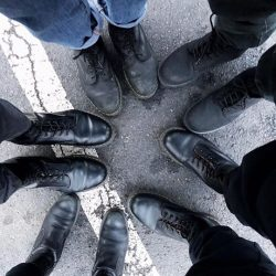 [Dr Martens] Friends who Doc together, rock together.