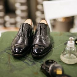 [Saphir] Do you know having clean and polished shoes enhances your professional image and make you look sharper?