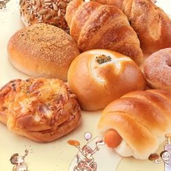 BreadTalk: 18th Anniversary Offer - Enjoy 18 Popular Buns at $1 Each!
