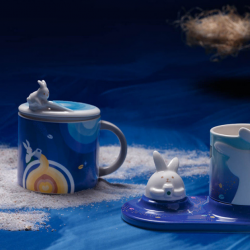 Starbucks: Celebrate Mid-Autumn with Starbucks' Latest Collection - A Magical Encounter!